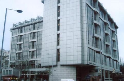 「ロイヤルガーデンホテル ロンドン」で導入された「NMRパイプテクター」